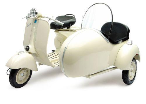 Vespa Piaggio Ape Rot Transporter Pritsche 1//18 New Ray Modell Motorrad mit od..