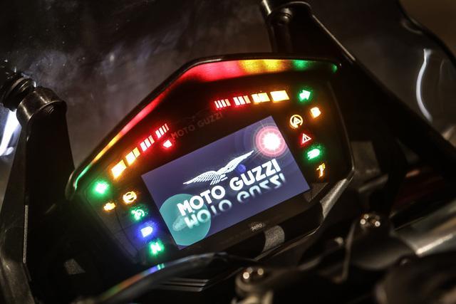 Moto-Guzzi-V85-TT_27