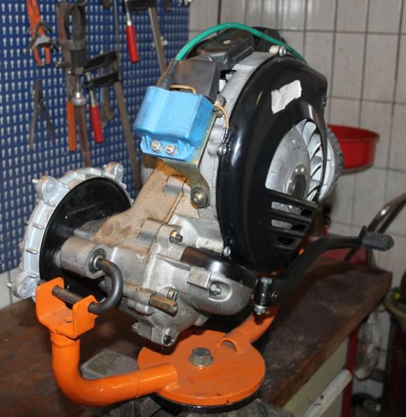 Motor_Vespa_T5_Staender_2